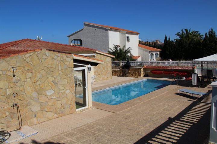 te koop L -Playa Alfas Del Pi house